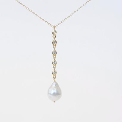 anq. 5連ダイヤモンド、アコヤパールネックレス