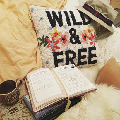 """WILD&FREE""CUSHION"