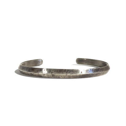 THEFT - Damage bangle
