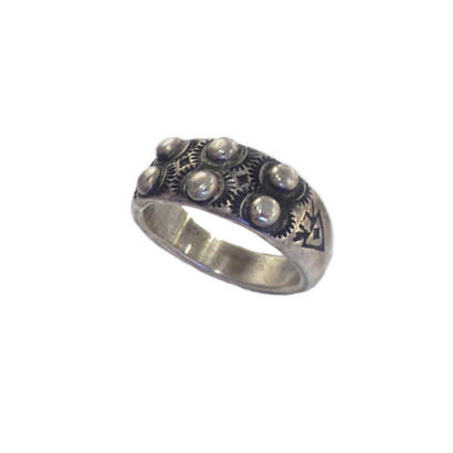 ONE OFF - ring