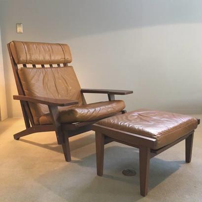 GE375&オットマン /  Hans J wegner Lounge Chair by GETAMA