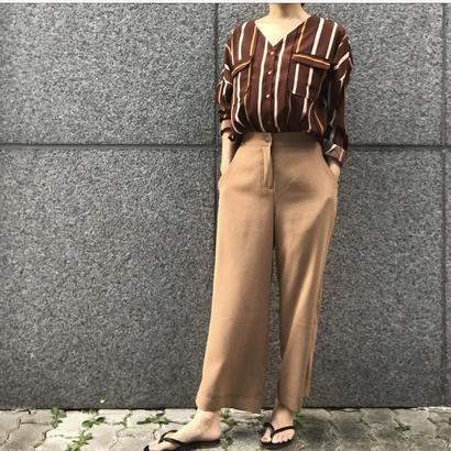 ブラウン ストライプシャツ