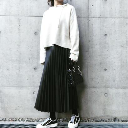 fake  leather pleats skirt