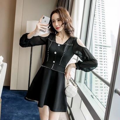 韓国ドレス 韓国ワンピース オフショルダー セクシー フロントボタン 可愛い FS105901
