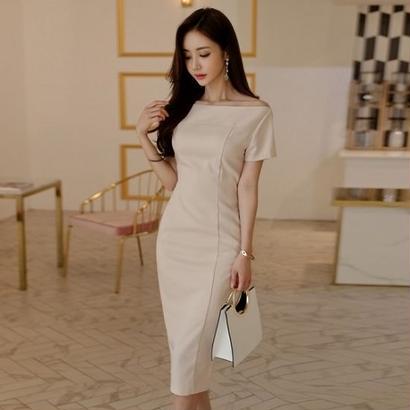 ミディアムドレス 韓国ワンピース エレガント デコルテライン タイト シンプル スリム FS073701