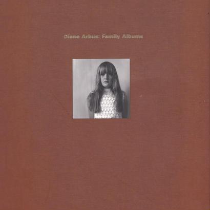 Diane Arbus : Family Albums