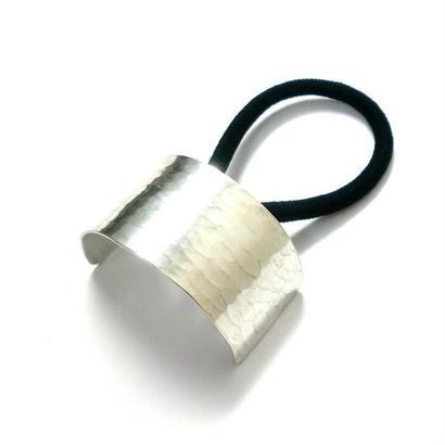 一つ結び用・槌目模様シルバーヘアゴム