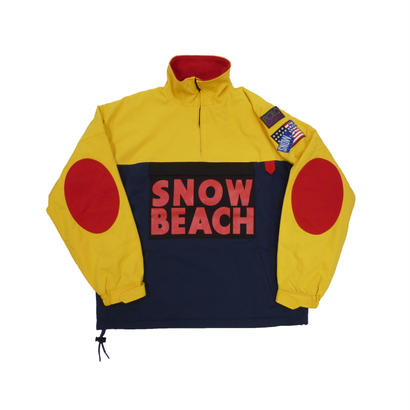 The Snow Beach Pullover
