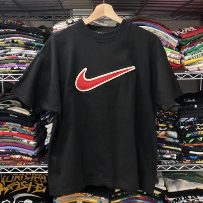 Used  Nike Tee ①