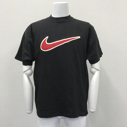 Nike Big swoosh patch tee