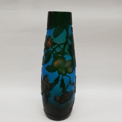ガレスタイルガラス花瓶 花柄円筒細型花瓶ブルー