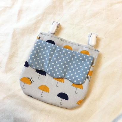 蓋なし移動ポケット#傘と猫