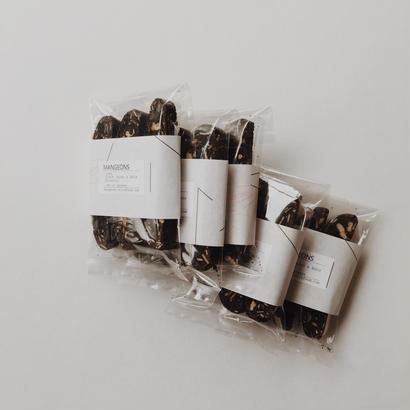 Black cacao & Nuts  Biscotti