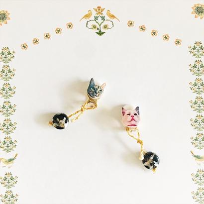和洋折衷な猫の耳飾りNo.1