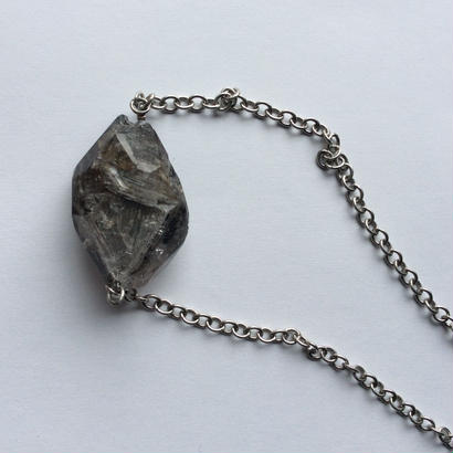 Point crystal Necklace