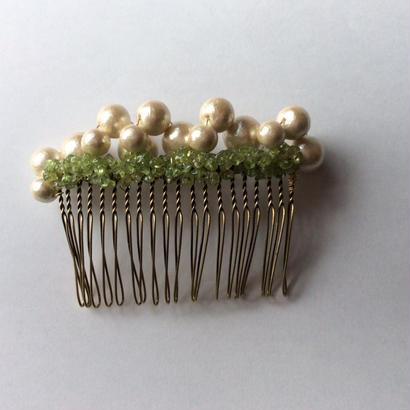 Peridot × cotton pearl Comb