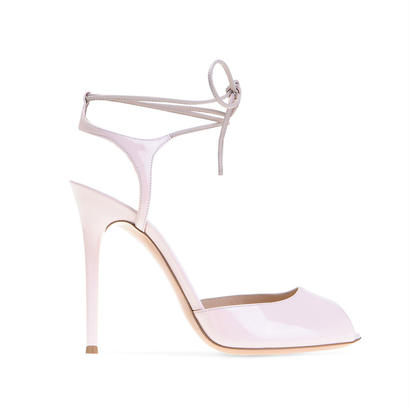 Gianvito Rossi   [  ジャンヴィトロッシ  ]     -MUSE SANDALS-