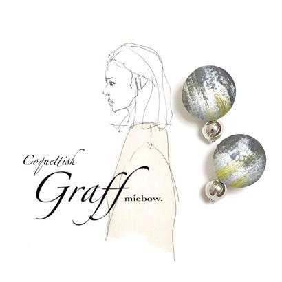 Coquettish   /  Graff  005