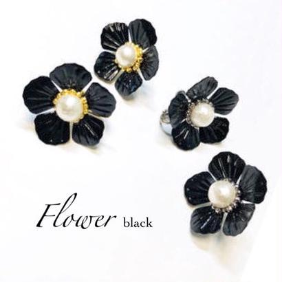 Flower / black