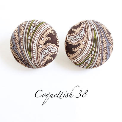 Coquettish38  /  002
