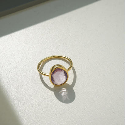 oval shape amethyst ring