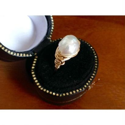 14KGF wire ring〈keshi pearl〉size7