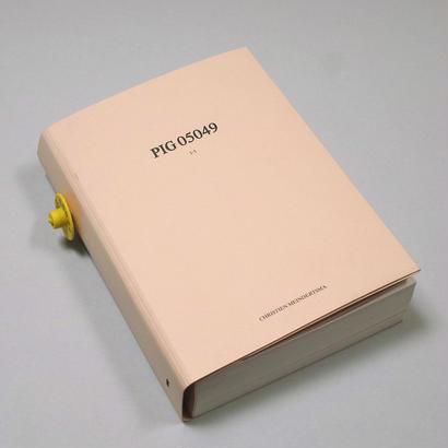 Christien Meindertsma / PIG 05049 (6th Edition)