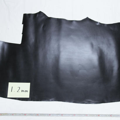 ルガトショルダー 大判端革  黒1.2mm