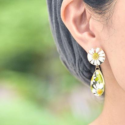寒白菊のキャンディピアス 14Kgf (イヤリング)