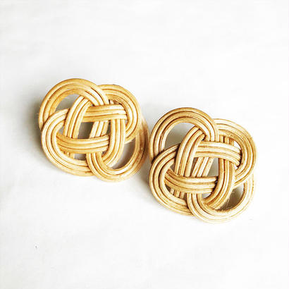 RATTAN EARRING / NATURAL