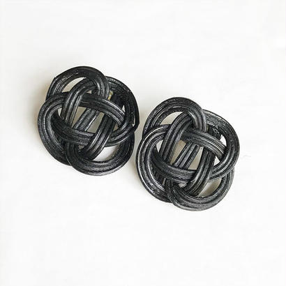 RATTAN EARRING / BLACK