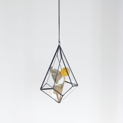 hanging flowervase/drop/black
