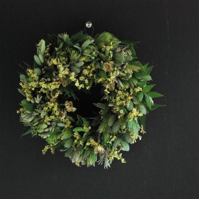 野の花屋 スターチスとスプレーバラのリース