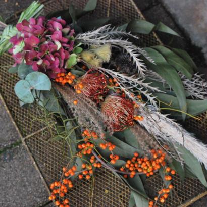 野の花屋 秋色アジサイのオータムスワッグ