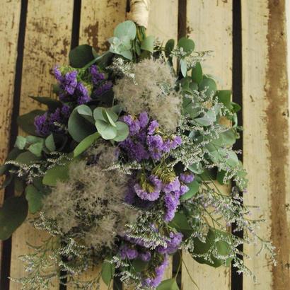 野の花屋 スターチースとスモークツリーのスワッグ