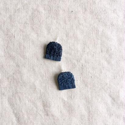 吉田勝信/結工房 アオソのピアス・小三角 (藍)