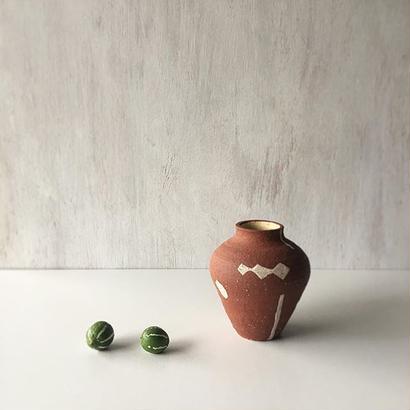 キムホノ 壺