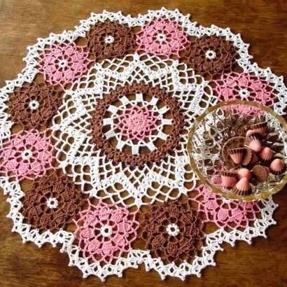 Cotton*ジニアのドイリー*pink+white+brown