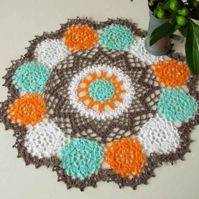 Cotton*ジニアのドイリー*blue+brown+orange