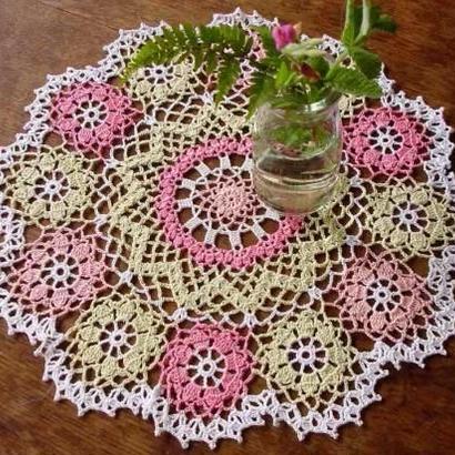 Cotton*ジニアのドイリー*pink+green+white