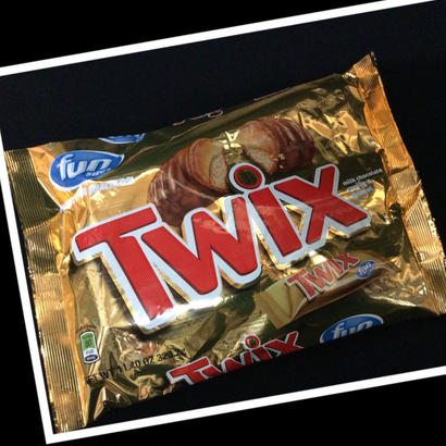 Twix -milk chocolate cookie & caramel-