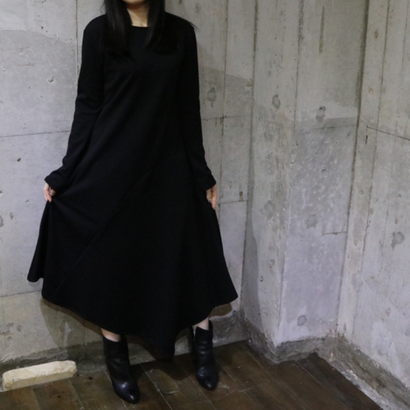 ASYMMETRIC LONG DRESS color:black