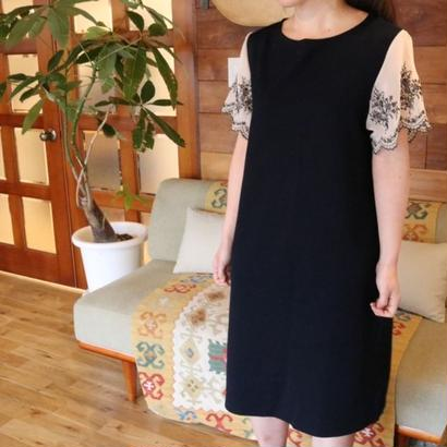 EMBROIDERED SLEEVE DRESS navy
