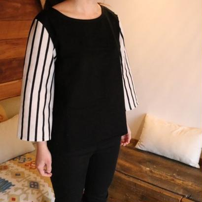 STRIPED SLEEVE TOP black