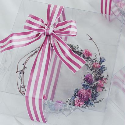 Pink ×  berry ドライフラワーリース