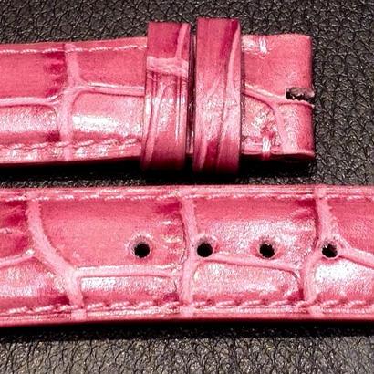 【レディースストラップ】ピンク型押しレザー
