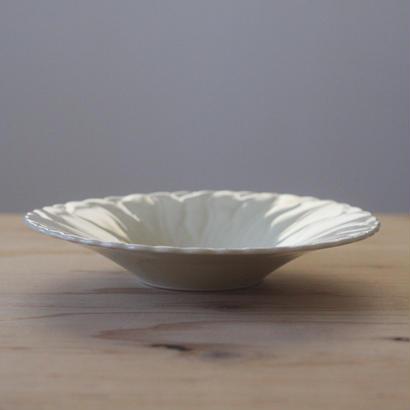輪花型の皿