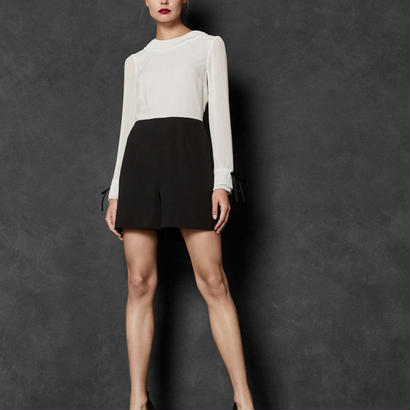 ted baker  テッドベーカー Contrast pleated sleeve playsuit $419