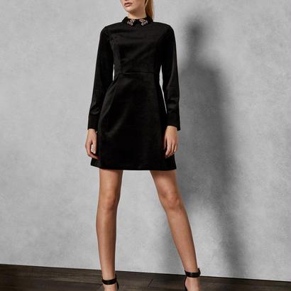 ted baker  テッドベーカー Velvet embellished dress $349