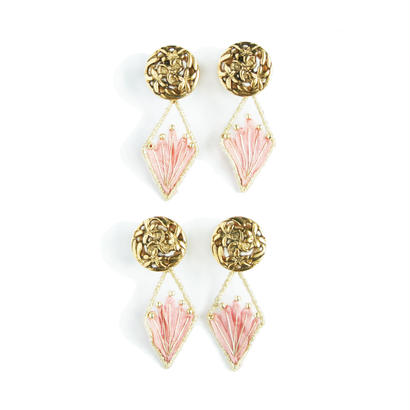 LILY BUTTON PIERCE / EARRING (botanical)